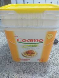 Vendo baldes margarina novos vazio de 15kl
