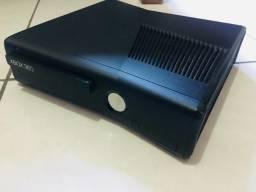 Xbox 360 slim + 2 controles (leia descrição)