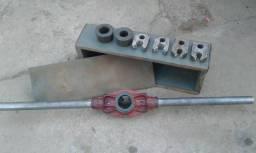 Tarracha para fazer rosca em cano de ferro