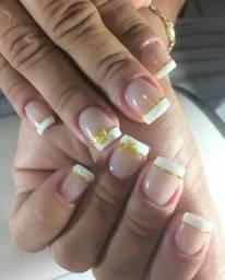 Nail Design Manicure. Disponível parceria