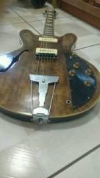Guitarra shelter semi acústica com par de P90 Malagoli