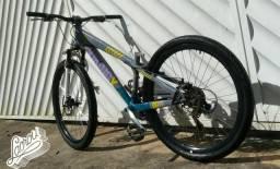 Procuro bike ou quadro vikingx ou gios