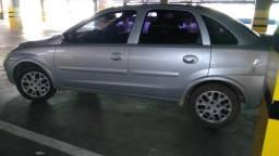 Corsa Premium sedã - 2009