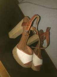 Sapato oneself e beira rio