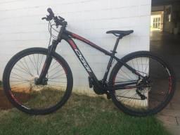 Vendo Bike OGGI Hacker Sport 21 velocidades aro 29, com nota fiscal.