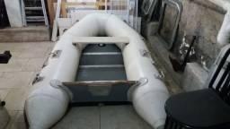 Bote inflavel com 2.70.m