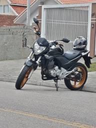 CB 300r linda moto