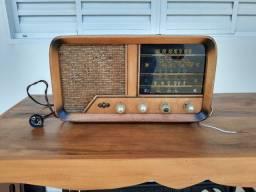 Rádio ABC valvulado antigo