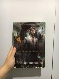Título do anúncio: Livro Príncipe Mecânico - Cassandra Clare