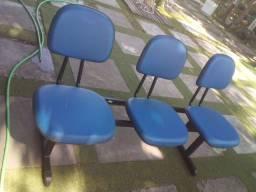 Título do anúncio: Cadeiras longarinas