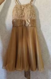 Vestido dourado curto tamanho M