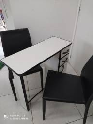 Título do anúncio: Kit mesa e cadeiras para manicure