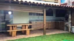 Título do anúncio: casa ampla e arejada, próximo praia, 3 suites, porto seguro- Bahia