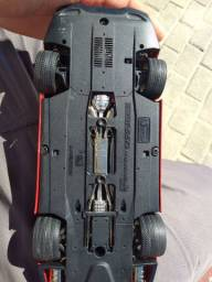 Miniatura Ferrari 550 Maranello escala 1/18