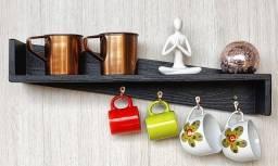 Título do anúncio: Cabideiro Prateleira Porta objetos com 4 ganchos.