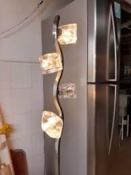 Luminária de chão