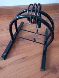 Suporte para bicicleta com cabo e cadeado
