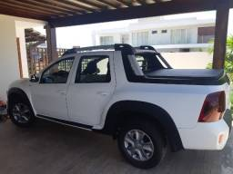 Título do anúncio: Renault Duster Oroch dinamique 1.6 manual com kit Pack outsider.