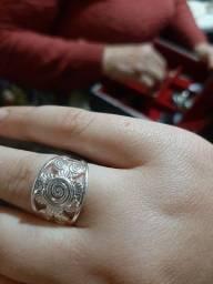 Título do anúncio: Vendo anel ? novo