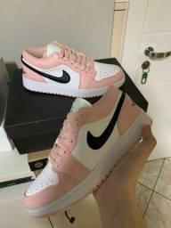 Título do anúncio: Jordan 1 low rosa pink 38