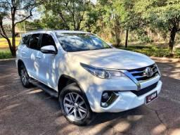 Toyota Hilux SW4 2017 7 Lugares 2.7 Flex Automático zerada / tro.co e financio