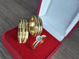 Par aliança banhada folheada ouro 18k liso com fios jateado