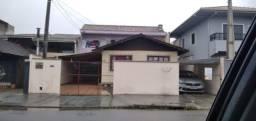Título do anúncio: Vendo Duas Casas no Mesmo Terreno