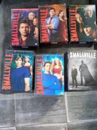 Boxs Smallville 30 reais cada