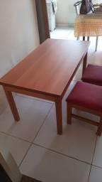 Título do anúncio: Mesa de madeira Infantil