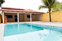 Título do anúncio: Casa com piscina próxima ao colégio Marista