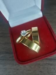 Par aliança quadrada banhada folheada ouro 18k