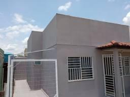 Título do anúncio: Aluguel residencial em  condomínio fechado com segurança 24h.