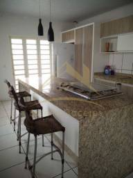 Casa com 3 quartos - Bairro Jardim Novo Mundo em Várzea Grande
