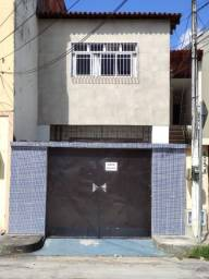 Alugo casa no bairro Vila União próximo à av. Luciano Carneiro