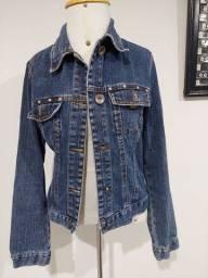 Título do anúncio: Jaqueta jeans curta tam 40 - BRECHO