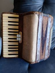 Vendo acordeon Todeschini