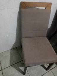 Mesa com tampo preto