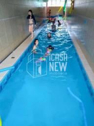 Casa com piscina aquecida de 42 m² á venda noPinheirinho