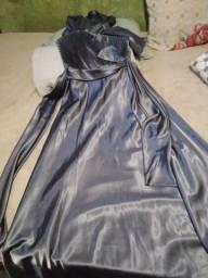 Vendo essas peças,  o vestido foi usado apenas 1 vez , as infantis negociamos