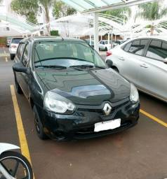 Título do anúncio: Renault clio Expression modelo 2014