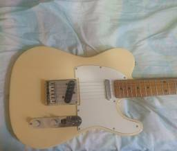 Título do anúncio: Guitarra Telecaster affinity squier