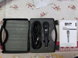Microfone Profissional Skp Pro 30 Cápsula Alemã Xlr Cápsula Alemã+cabo