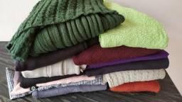 Lote com 13 blusas de tricô