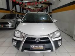 Toyota- Etios Cross 1.5 2015 - 2015