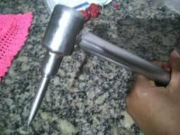 Fura coco de aluminio