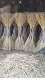 Vendo 500 fecho palha serrado para fabricaçao vassora