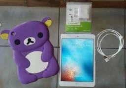 IPad 1 - 16GB - Apple - ! Wi-Fi e Bluetooth !