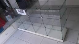 Vendo balcão de vidro para loja
