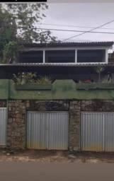Alugo uma casa no Pacheco