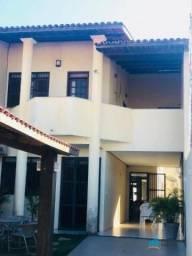 Casa Duplex em Ótima Localização no Edson Queiroz